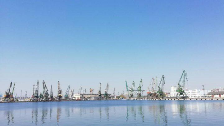 Нови мерки за защита от увреждания на работниците в пристанищата, които отварят фумигирани контейнери
